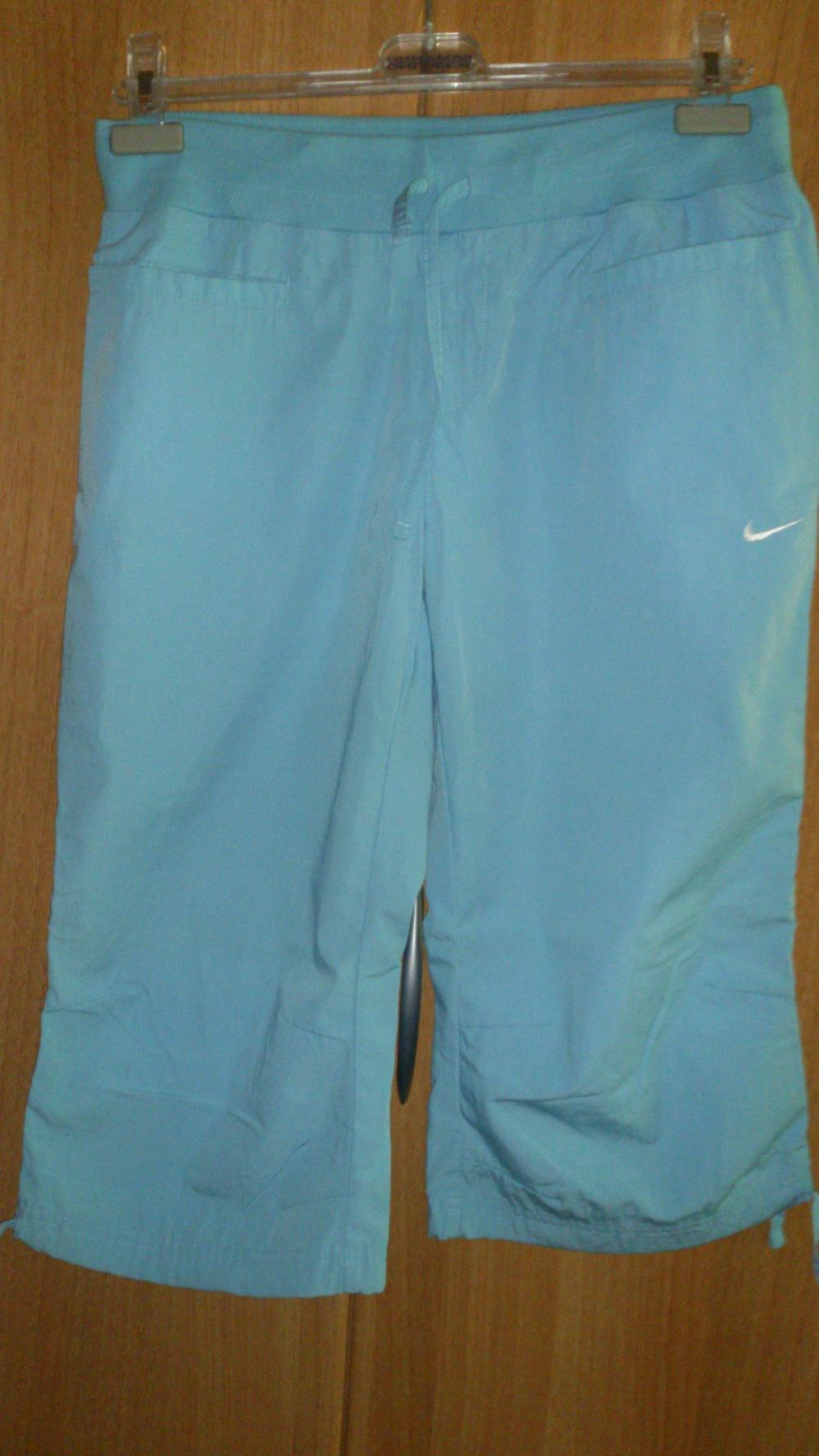 Брюки = бриджи 3/4 Nike, размер 38-40 (нем) = 44-46 (рос), оригинал