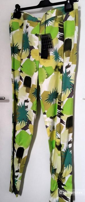 Летние брюки Karl Lagerfeld 48-50 р-р