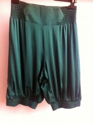 Бермуды шорты Giorgio Armani, 42-44 размер