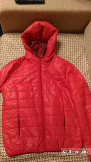 Куртка красная, размер 42