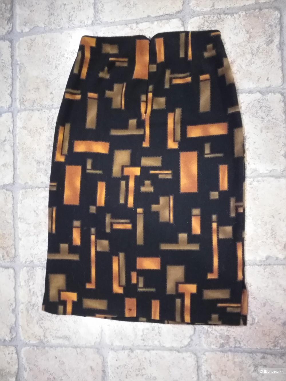 Яркая и тёплая, прямого покроя, юбочка от HONGTELI 44 размера.