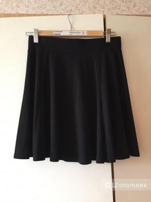 Юбка черная H&M.