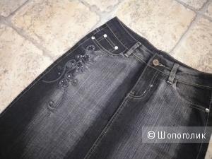 Чёрная джинсовая юбка - карандаш от J.R.K.C. wear  26 размера.