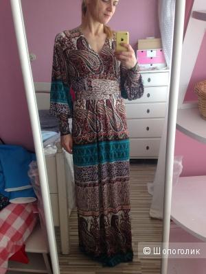 Платье в огурцах  IQDress, размре 44-46