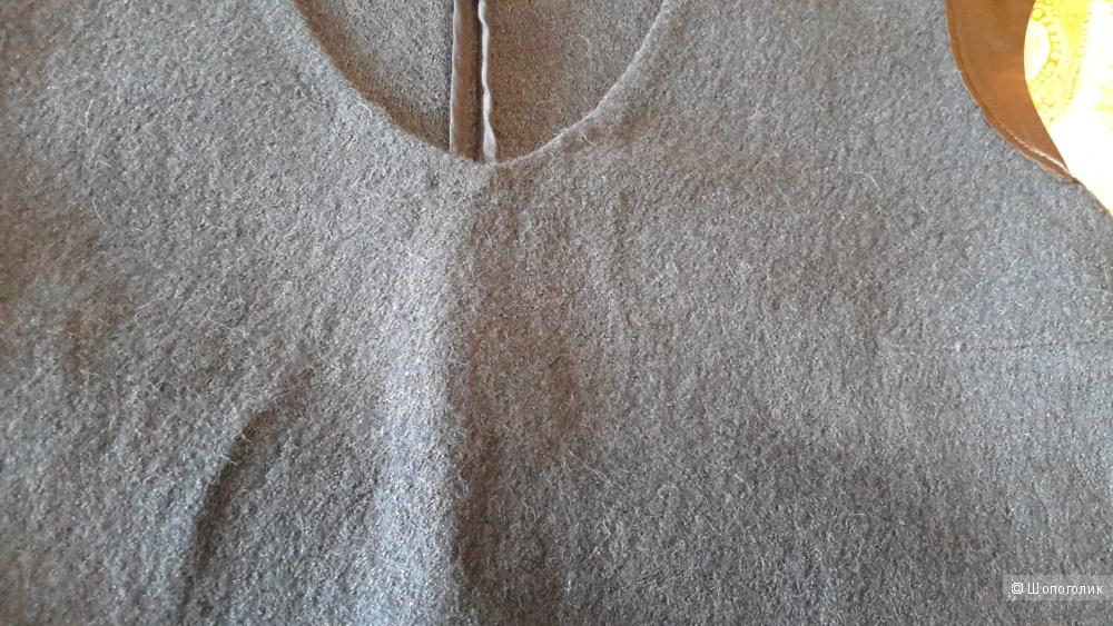 Шерстяное платье KOKAI размер 40 на наш 48