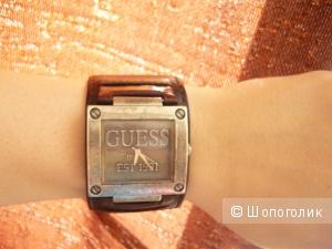 Часы наручные Guess USA est 1981