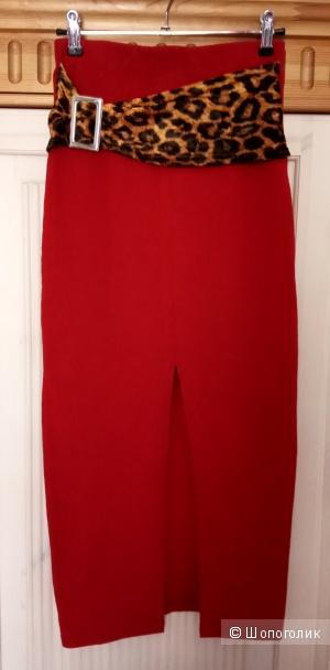 CHARLOTTE RUSSE, юбка красная,Франция,S