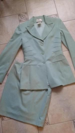 Летний костюм Guy Larosh р.44