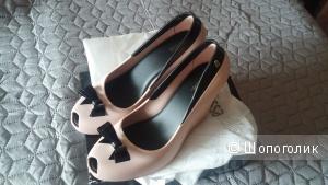Новые оригинальные туфли Melissa, 40 размер