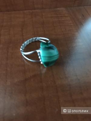 Кольцо перстень с натуральным малахитом винтаж размер 18,5-19