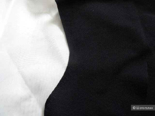 Футболка Манго с вырезом на спине, размер 44, б/у