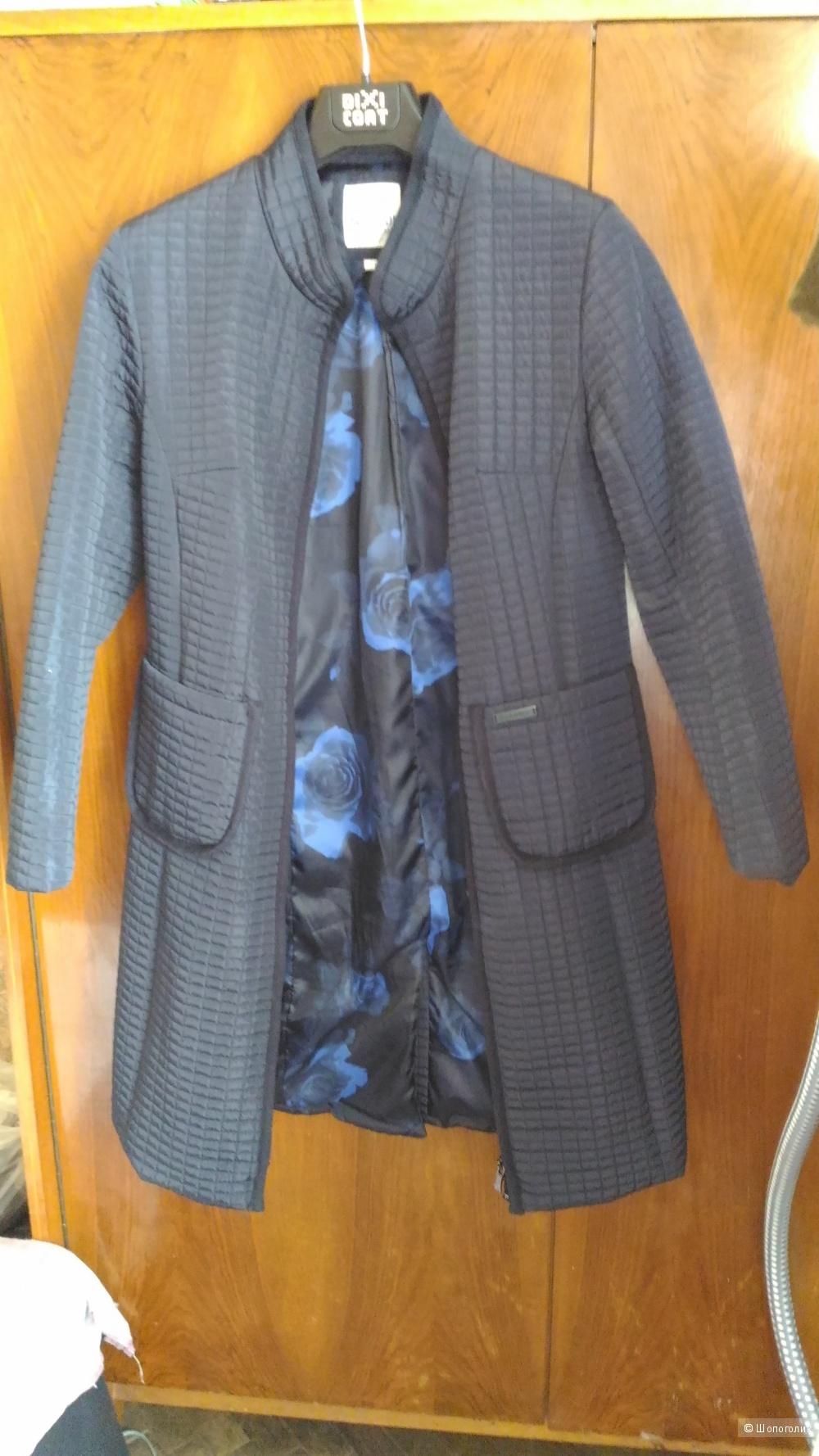 Пальто Scanndi, размер 46