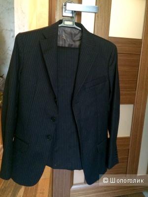 Продам костюм, пиджак и брюки, размер S,  оригинал, Италия, Brooksfield