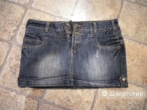 Юбка джинсовая от AFT jeans размер L, коротенькая с заниженным поясом.