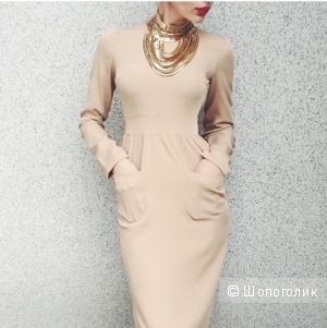 Платье SAMMI HANN бежевого цвета 42-44 размера