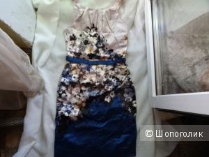 """Платье """"Incity"""" с цветочным принтом, размер 42-44, б/у"""