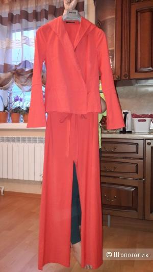 Продам стильный костюм немецкого бренда «BLACKY DRESS» BERLIN, размер 34, на наш 42