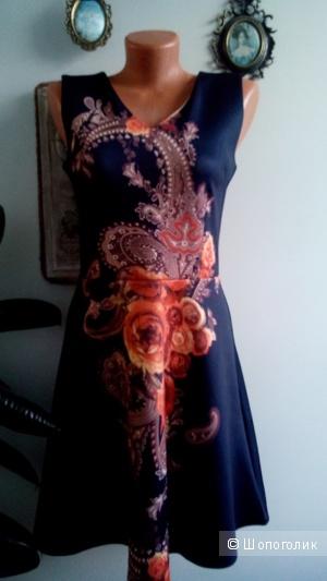 Ультрамодное платье под неопрен MAYENTL Франция S-M(42-44)