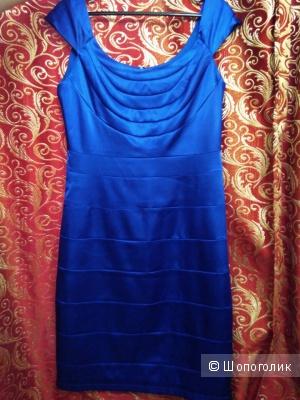 Брендовое платье Adress со скидкой размер 48-50