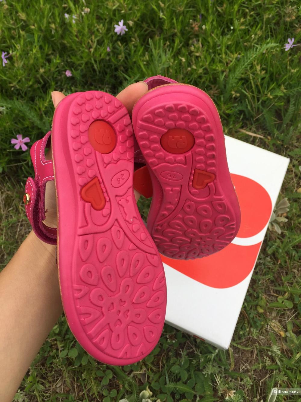 Детские новые сандалии Elefanten 25 размер