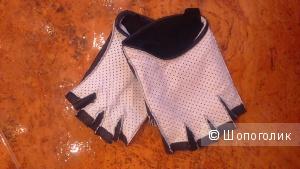 Кожаные перчатки-митенки р-р М