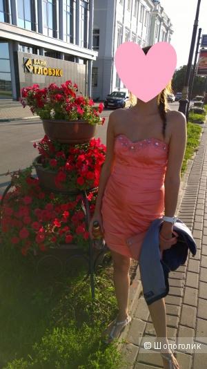 Платье Lipsy limited нежного персикового цвета, размер Uk 8
