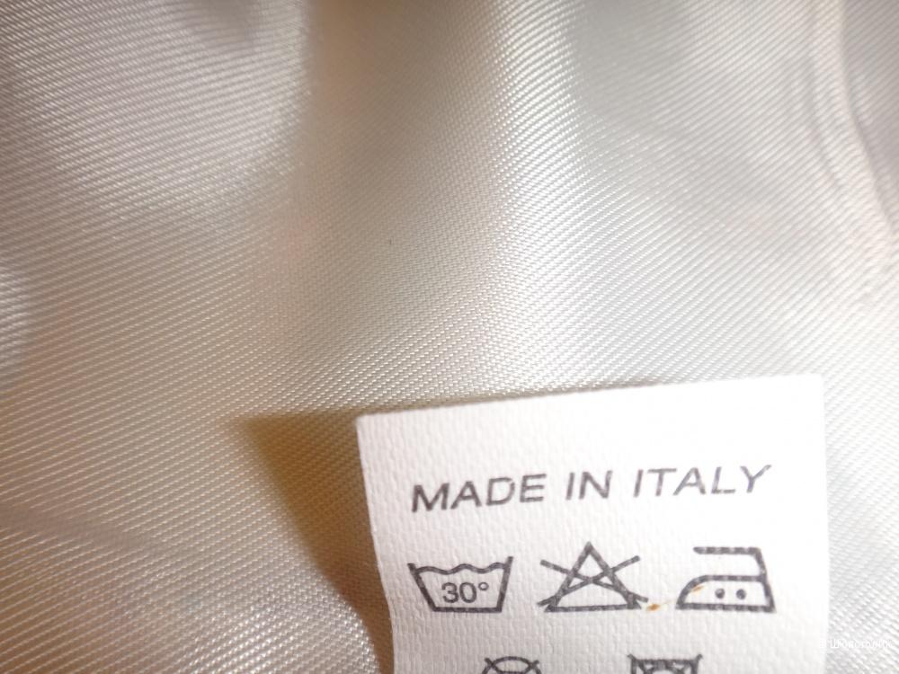 Костюм женский 44-46 размер Италия