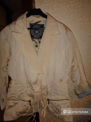 Пиджак 42-44 размер Италия