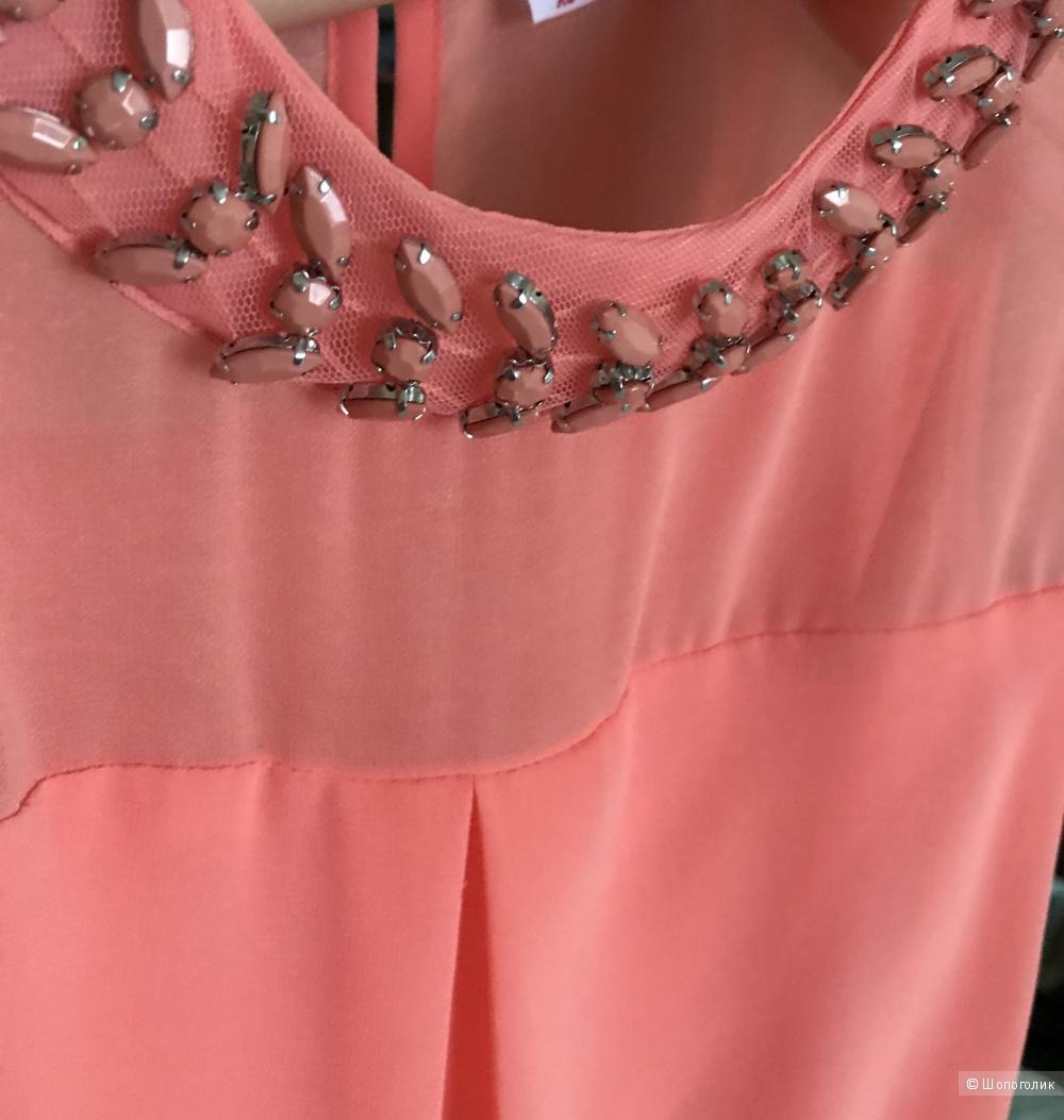 Блузка летняя  с украшением, 42-44 р