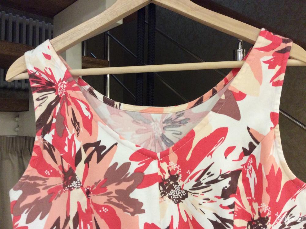 Летнее платье из хлопка с цветочным рисунком р.40EUR (на 46)