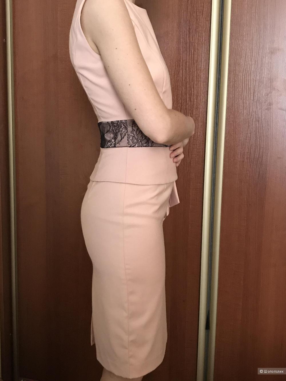 Платье с кружевом, 42р