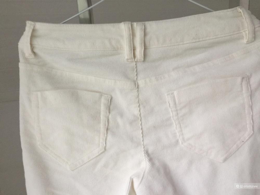 Джинсы белые вельветовые, размер 42