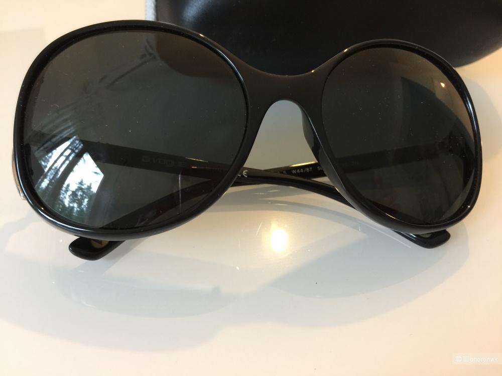Очки VOGUE солнцезащитные