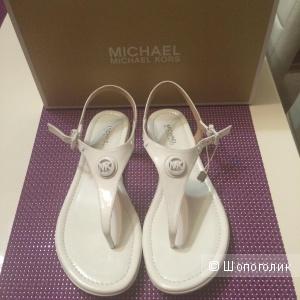 Сандалии MICHAEL MICHAEL KORS белые
