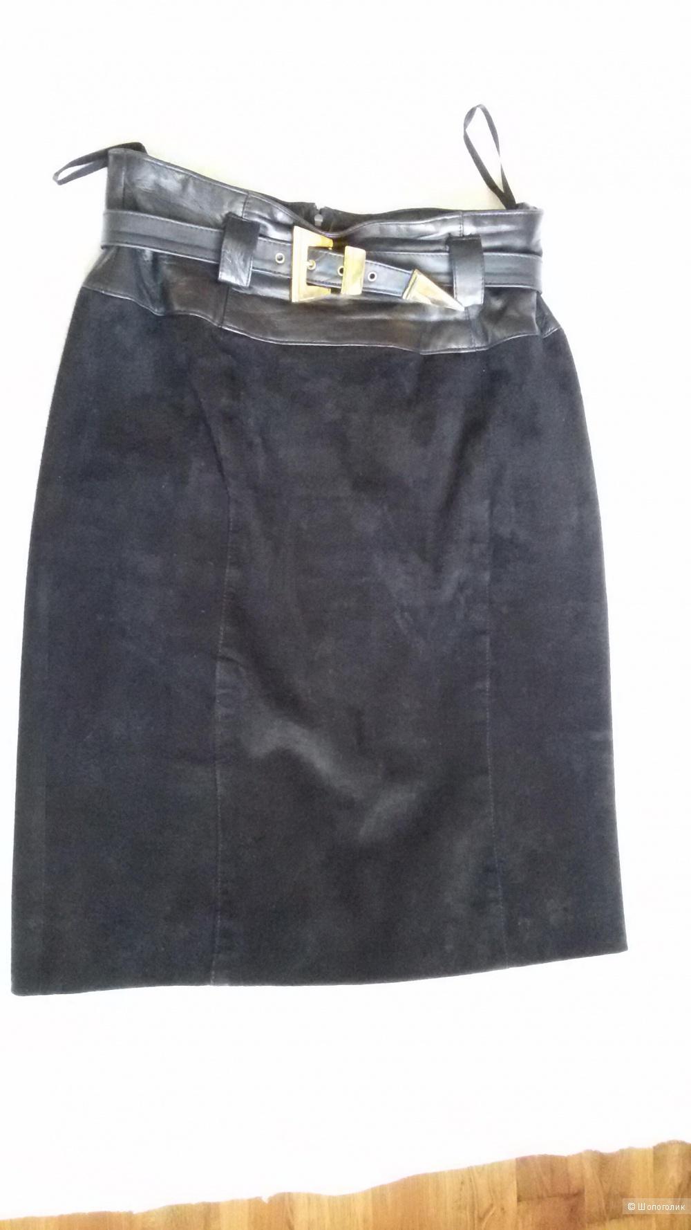 Замшевая юбка р. 46-48 (US 8)