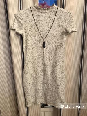 Платье Reserved xs