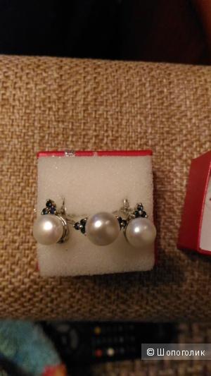 Комплект: серебряные серьги и кольцо с жемчугом и сапфирами, р. 17,5. Svetajevelry