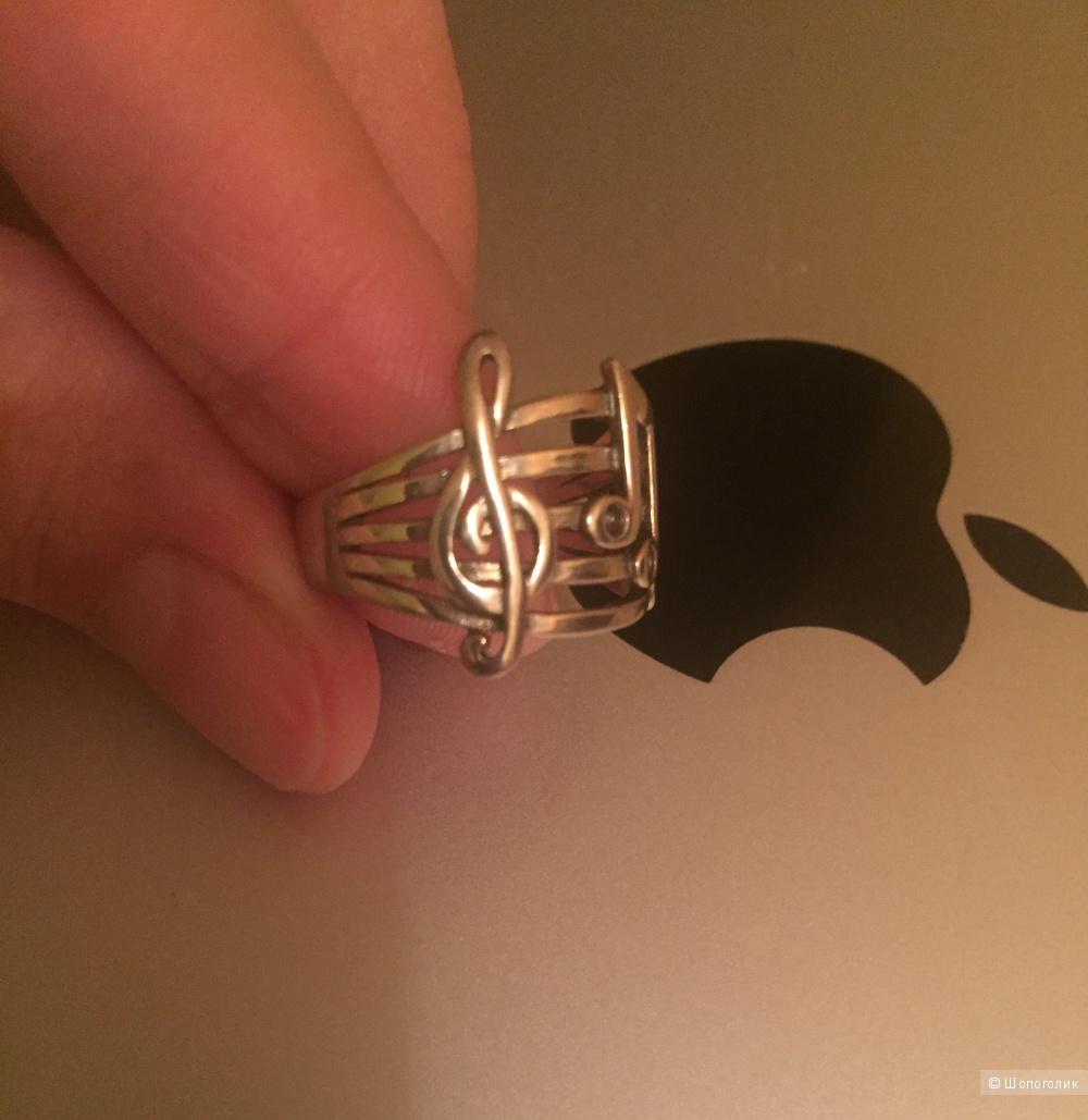 Новое кольцо из серебра 16-16,25 размер