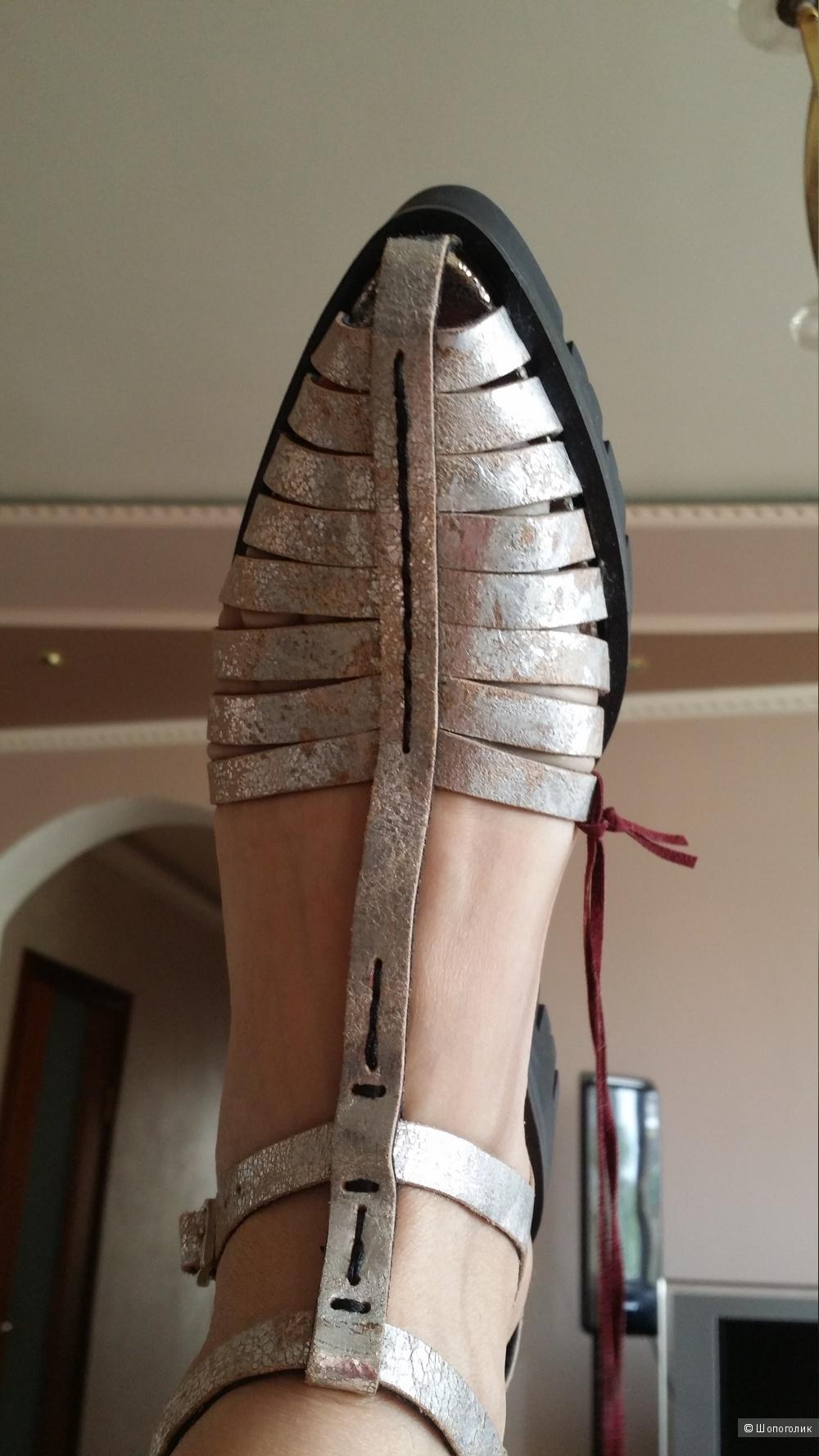 Dondup Стильные босоножки, Италия, 38 размер