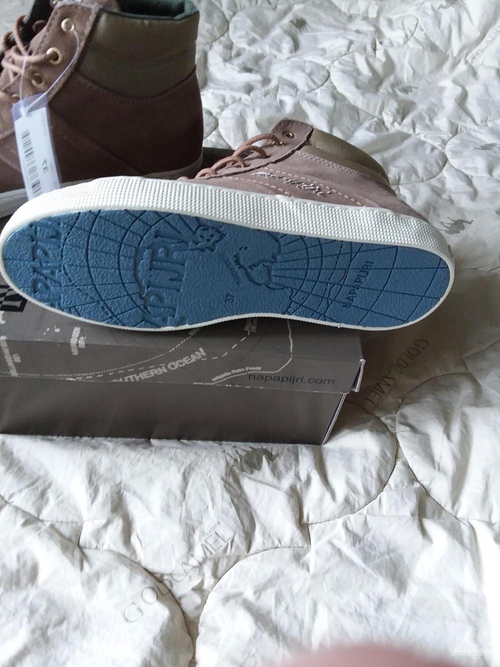 Новые замшевые ботинки NAPAPIJRI 36 размер