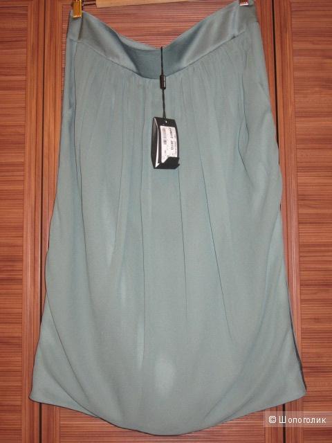 Новая юбка Giorgio Armani. Шелк 100 %ю Размер 50
