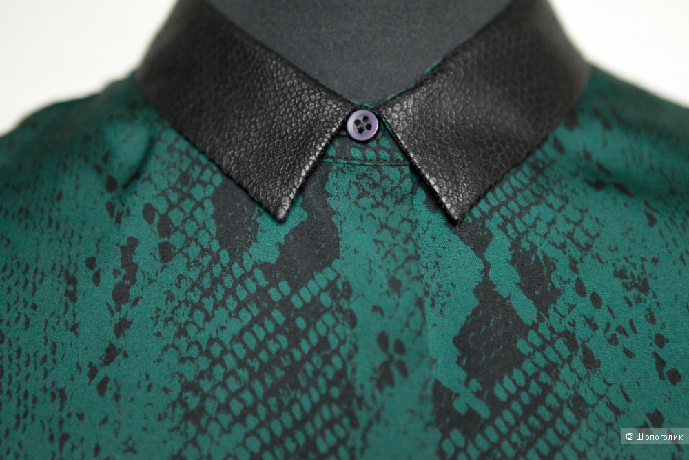 Новая блузка Dolce Vita с темно-зеленым змеиным принтом, 97% шелк, размер M-L