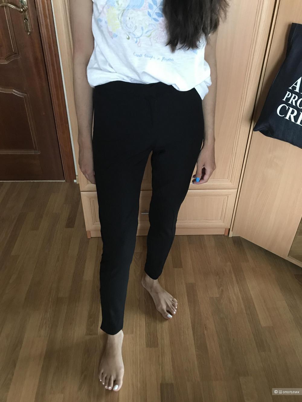 Черные брюки леггинсы Uterque в размере XS