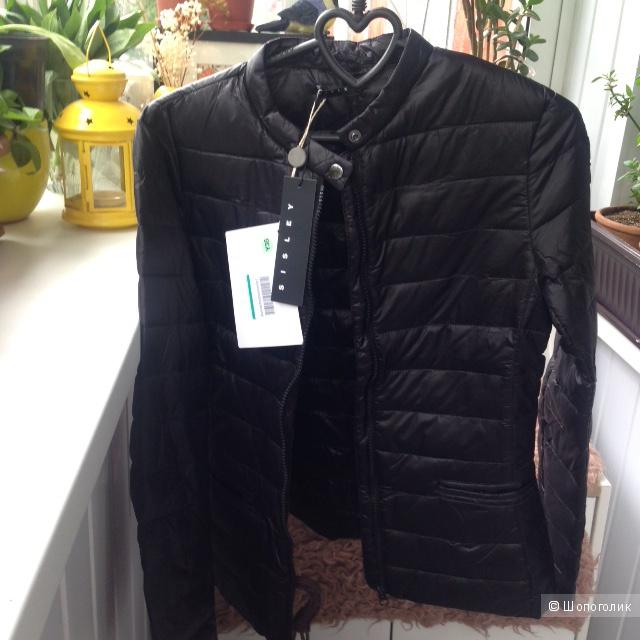 Легкая курточка Sisley (40-42 размер)