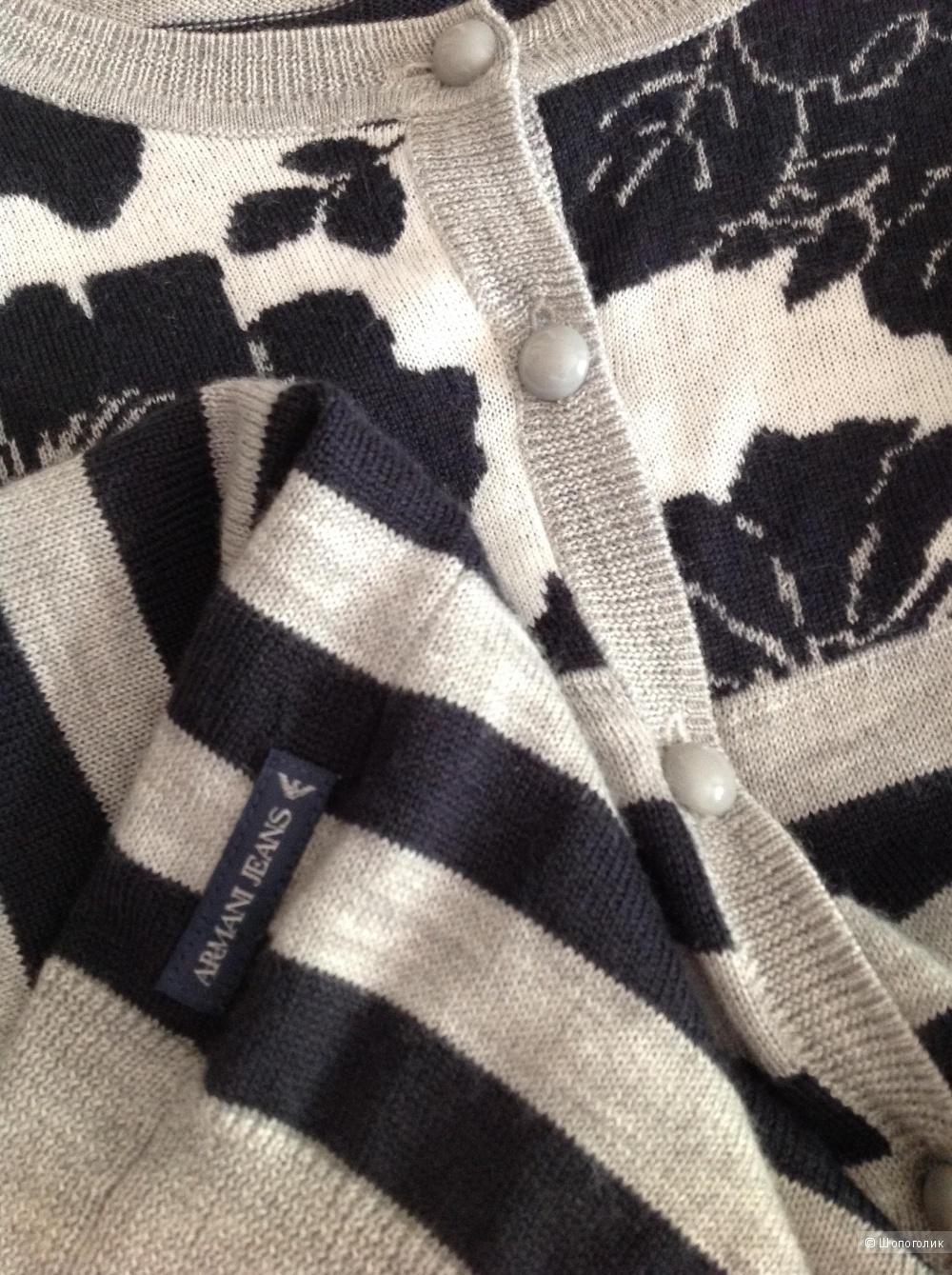 Кардиган Armani Jeans, размер 46-48.