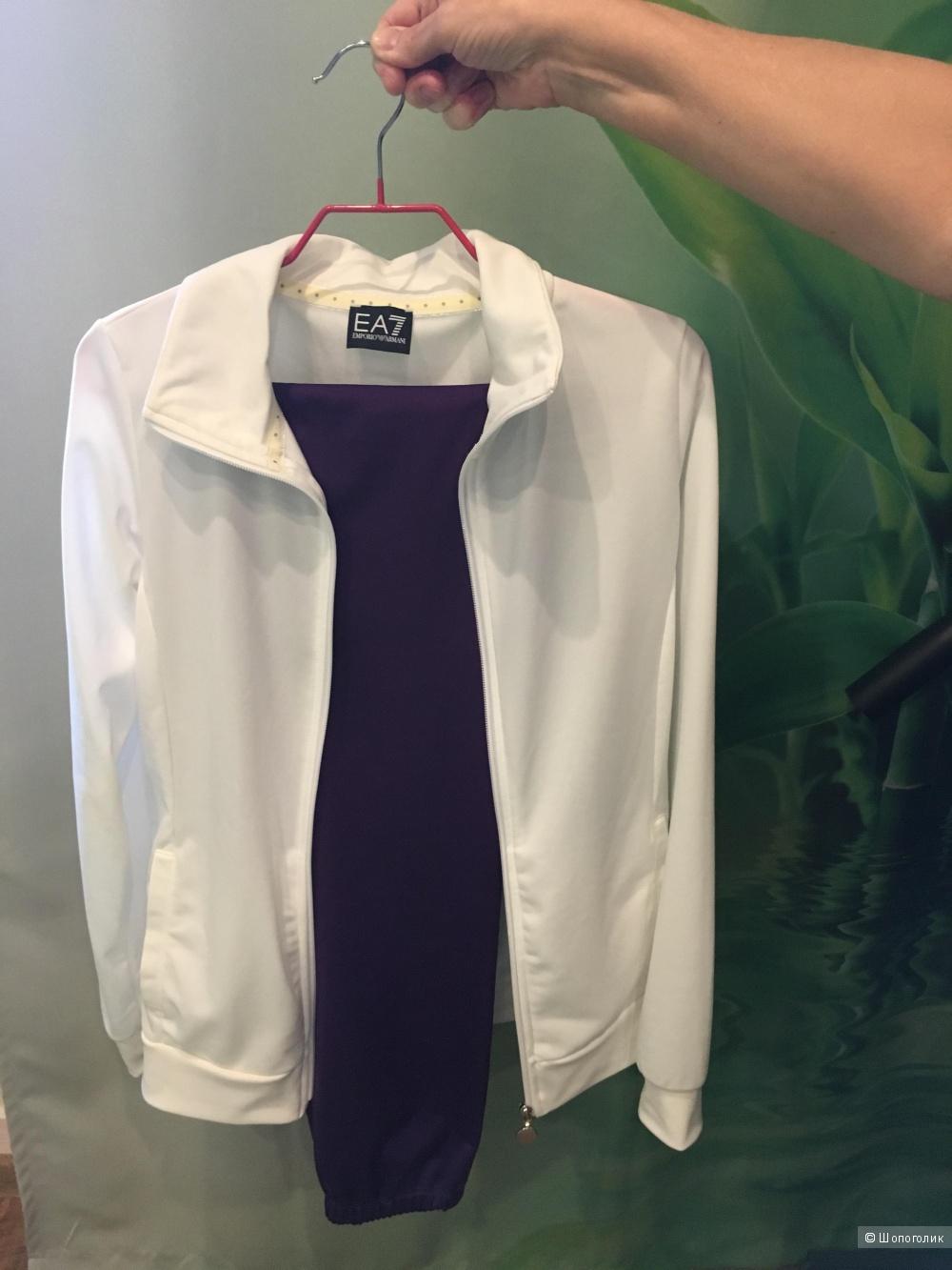 Спортивный костюм Emporio Armani размер S