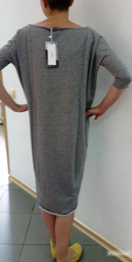 Платье- толстовка хлопок Diverse - ХS- на  40-42  русс