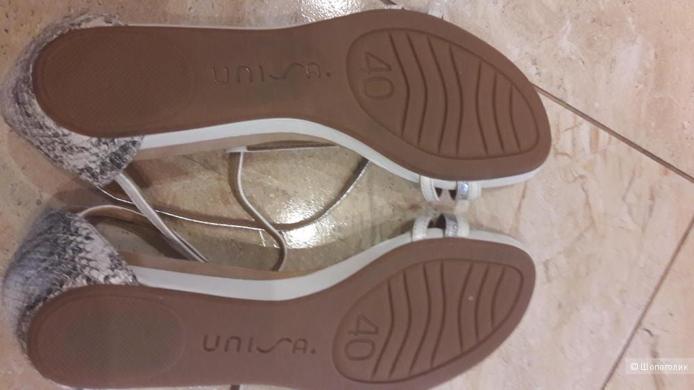 Новые сандалии Unisa 40 размера