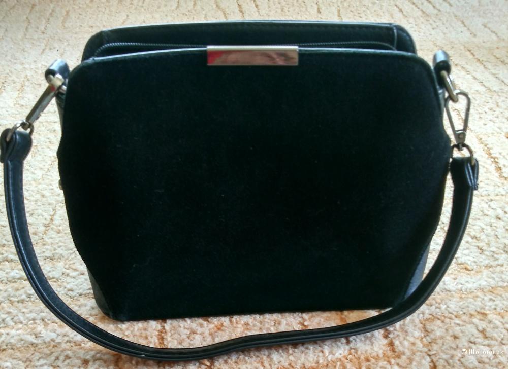 Маленькая черная сумка натур замша