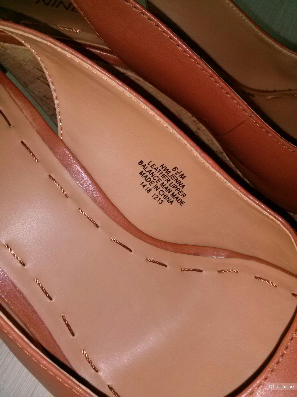 Босоножки Nine West, маркировка US 6.5, кожаные на пробковой платформе.